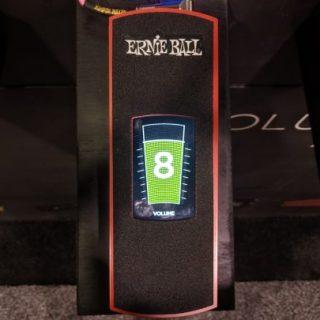 Ernie Ball VPJR Tuner + Volume Pedal